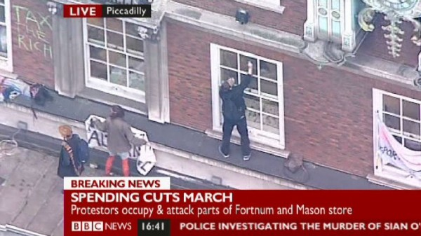 People on roof of Fortnum & Mason